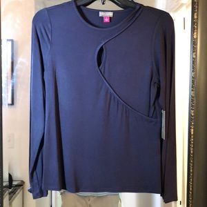 Brand new Vince Camuto top - size Small